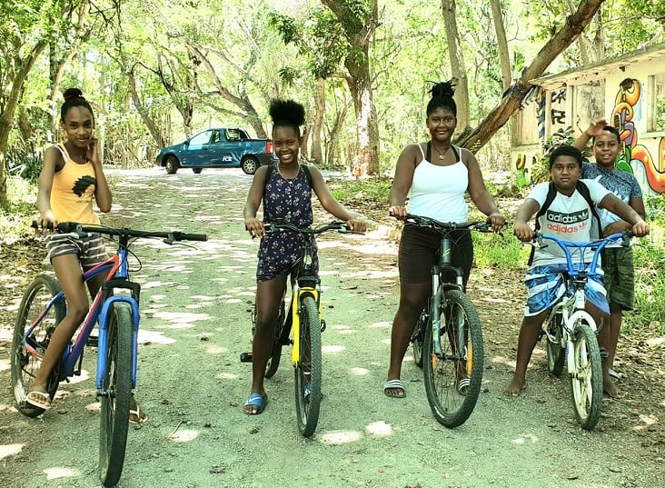Morne-Creole-kids